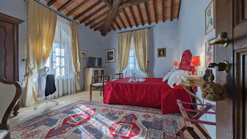 Residence double pool Dolce Villa Arezzo 77