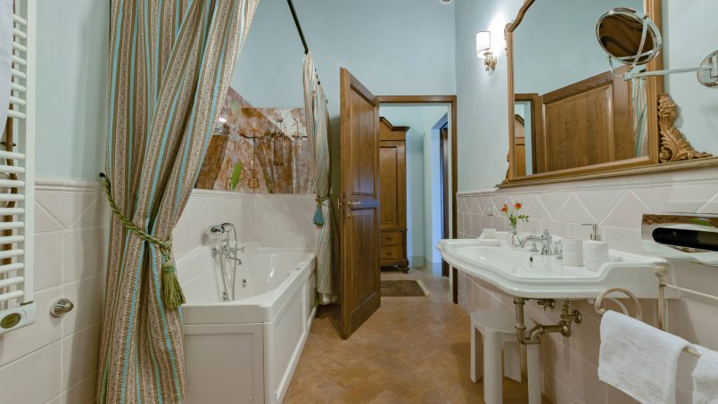 Residence double pool Dolce Villa Arezzo 89