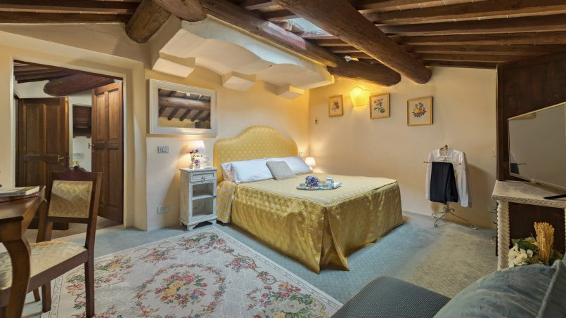Residence double pool Dolce Villa Arezzo 92