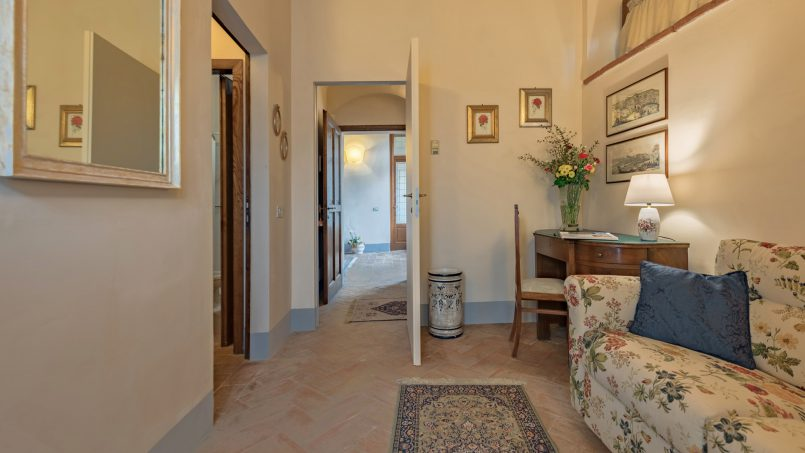 Residence double pool Dolce Villa Arezzo 96