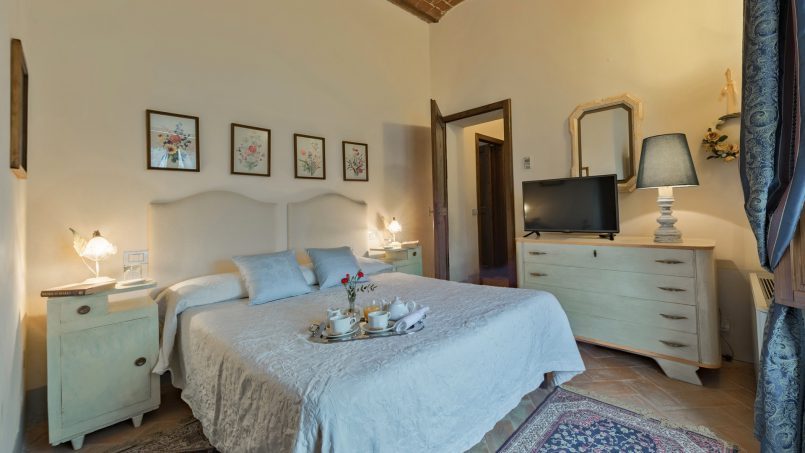 Residence double pool Dolce Villa Arezzo 98