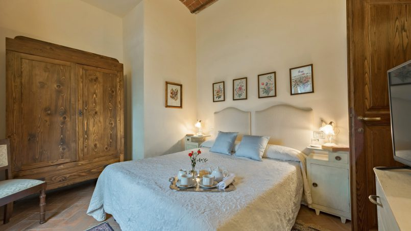 Residence double pool Dolce Villa Arezzo 99