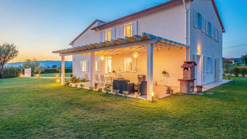 Modern style Villa Acquaterme Tuscany Monsummano 10