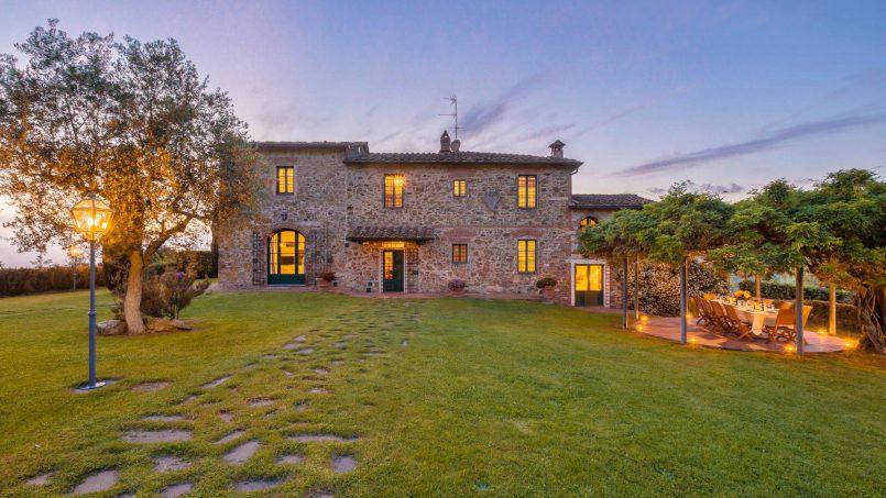 Hillside historic Villa Monsignore Tuscany Monsummano Terme 12