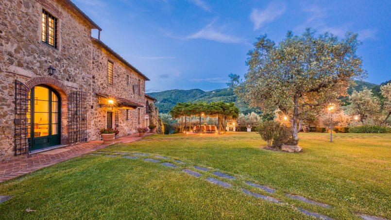 Hillside historic Villa Monsignore Tuscany Monsummano Terme 13