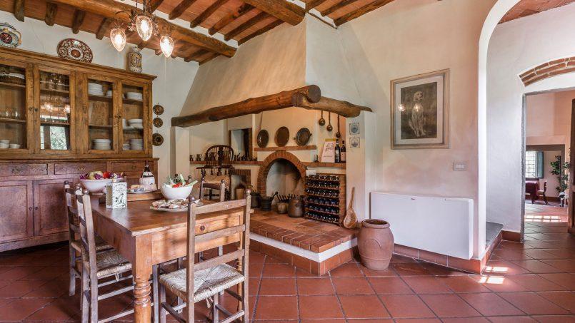 Hillside historic Villa Monsignore Tuscany Monsummano Terme 26