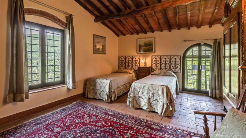 Hillside historic Villa Monsignore Tuscany Monsummano Terme 32