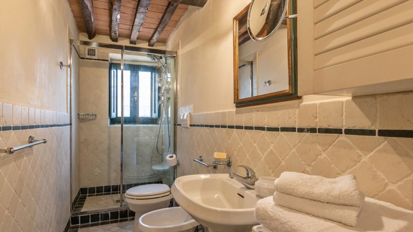 Hillside historic Villa Monsignore Tuscany Monsummano Terme 39