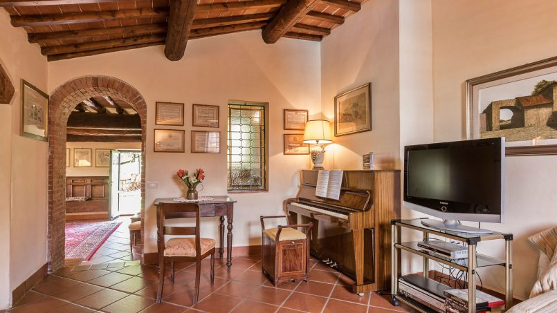 Hillside historic Villa Monsignore Tuscany Monsummano Terme 54