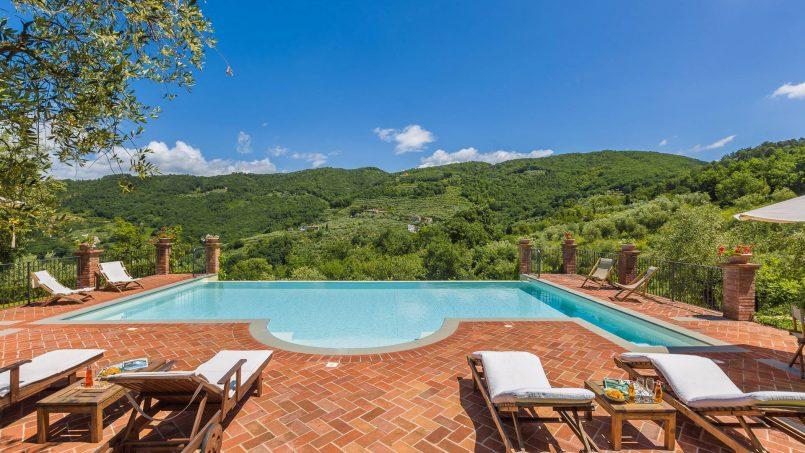 Hillside historic Villa Monsignore Tuscany Monsummano Terme 6