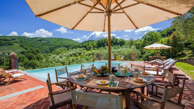 Hillside historic Villa Monsignore Tuscany Monsummano Terme 9
