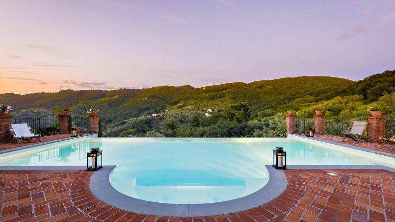 Hillside historic Villa Monsignore Tuscany Monsummano Terme c