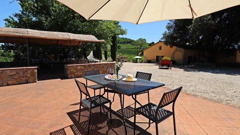 Hillside stone built Villa Insieme XII Tuscany Siena 38