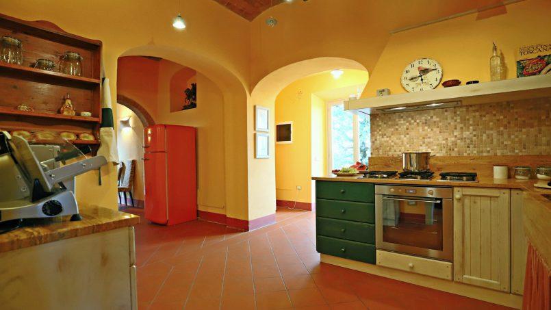 Hillside stone built Villa Insieme XVI Tuscany Siena 71