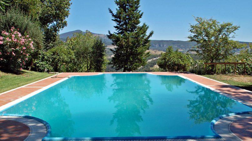 Elegant hillside Villa Val d'Orcia Tuscany Siena Radicondoli 10