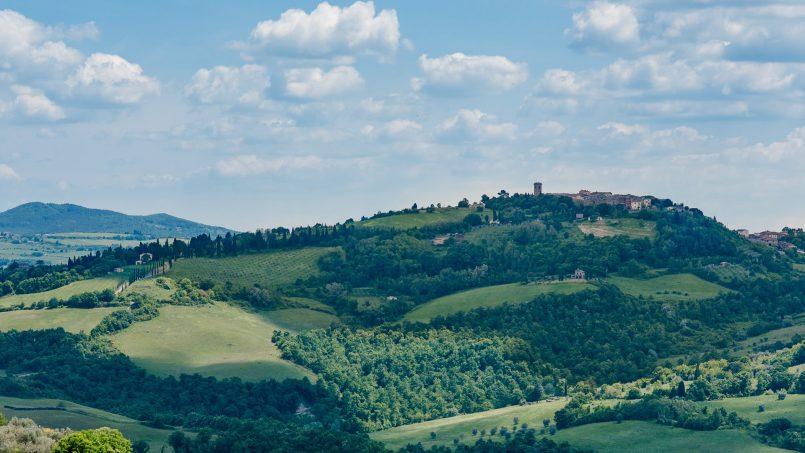 Elegant hillside Villa Val d'Orcia Tuscany Siena Radicondoli 13