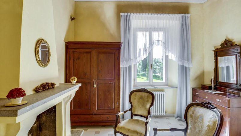 Elegant hillside Villa Val d'Orcia Tuscany Siena Radicondoli 41