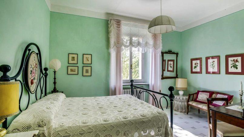 Elegant hillside Villa Val d'Orcia Tuscany Siena Radicondoli 43