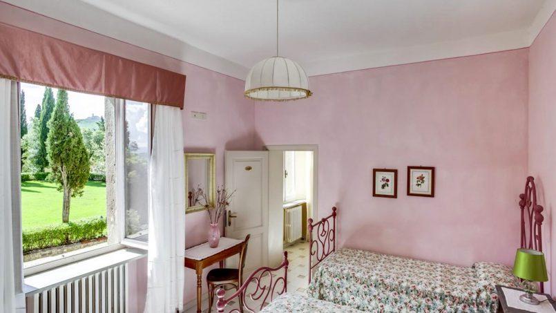 Elegant hillside Villa Val d'Orcia Tuscany Siena Radicondoli 48
