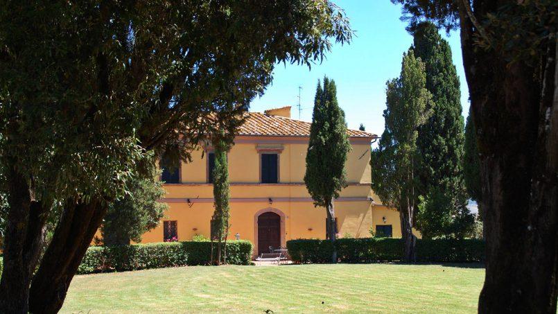 Elegant hillside Villa Val d'Orcia Tuscany Siena Radicondoli 5