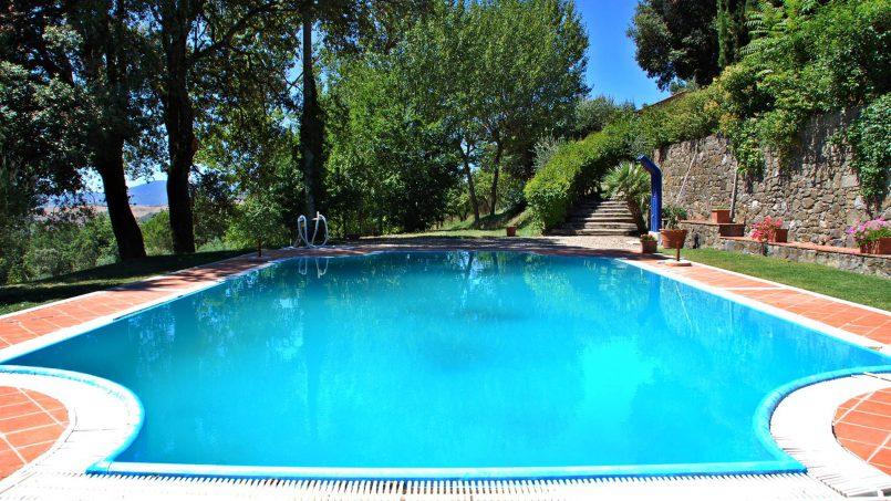 Elegant hillside Villa Val d'Orcia Tuscany Siena Radicondoli 8