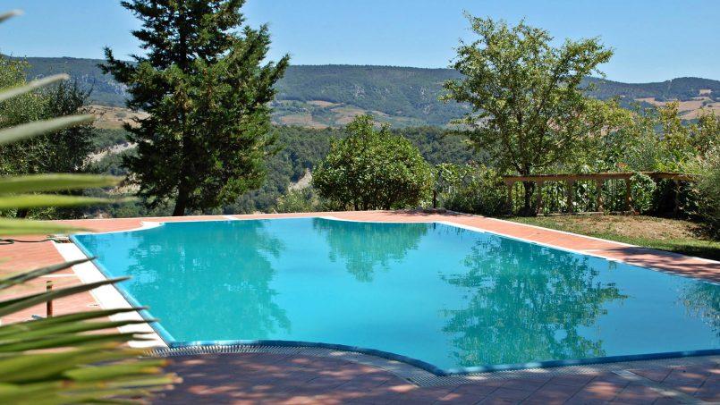 Elegant hillside Villa Val d'Orcia Tuscany Siena Radicondoli 9