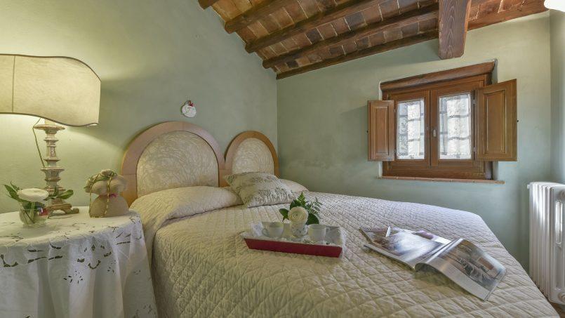 Hillside country house Villa il Roseto Tuscany Casalguidi 15
