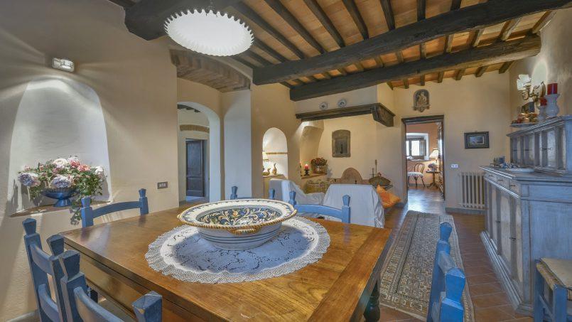 Hillside country house Villa il Roseto Tuscany Casalguidi 17