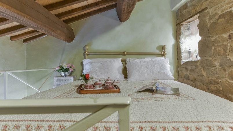 Hillside country house Villa il Roseto Tuscany Casalguidi 20