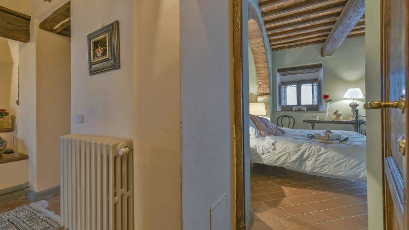 Hillside country house Villa il Roseto Tuscany Casalguidi 24