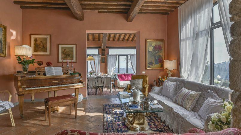 Hillside country house Villa il Roseto Tuscany Casalguidi 25