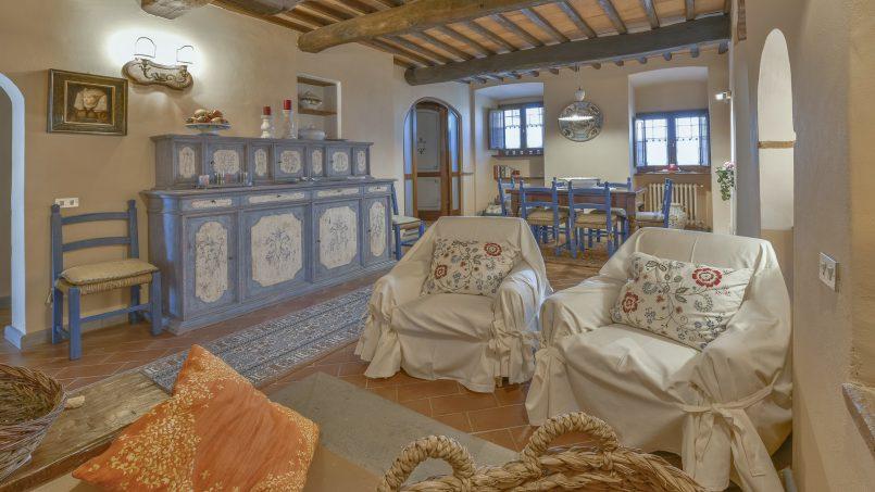 Hillside country house Villa il Roseto Tuscany Casalguidi 31