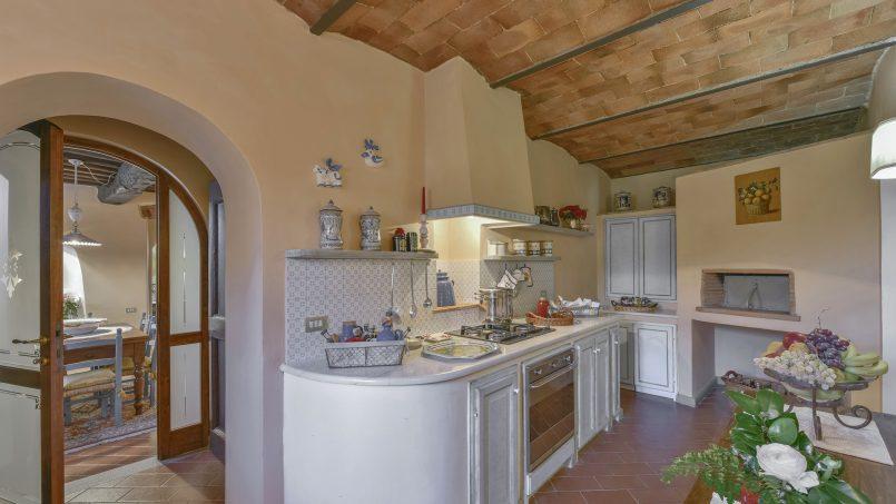 Hillside country house Villa il Roseto Tuscany Casalguidi 32