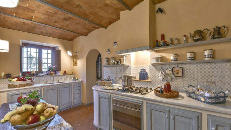 Hillside country house Villa il Roseto Tuscany Casalguidi 33
