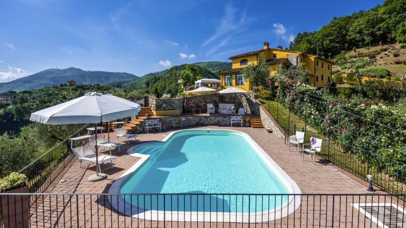 Hillside country house Villa il Roseto Tuscany Casalguidi 34