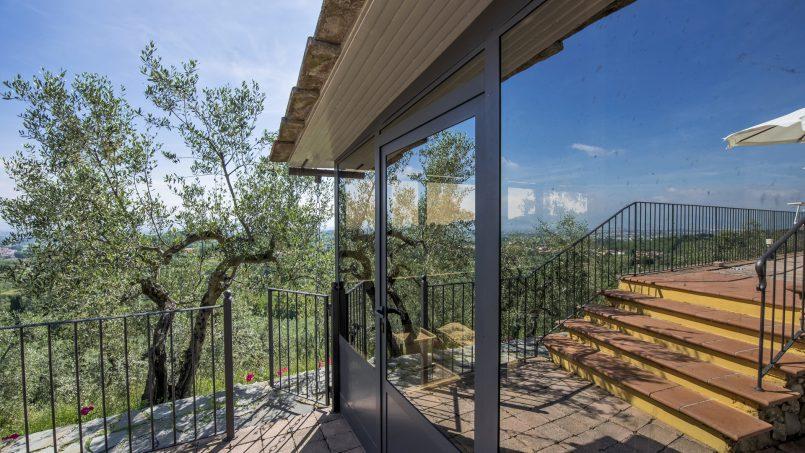 Hillside country house Villa il Roseto Tuscany Casalguidi 36