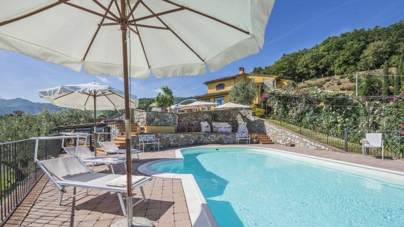 Hillside country house Villa il Roseto Tuscany Casalguidi 38