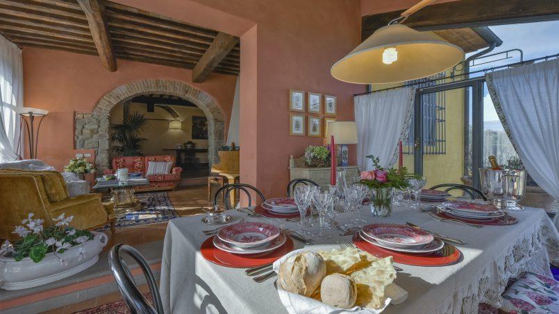 Hillside country house Villa il Roseto Tuscany Casalguidi 4