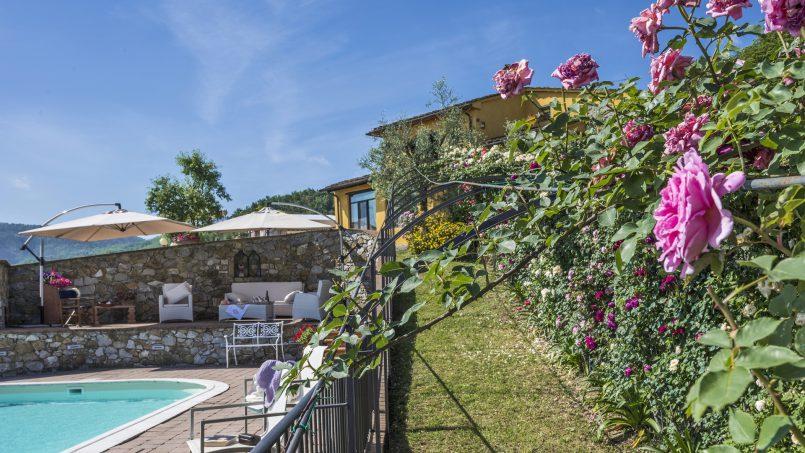 Hillside country house Villa il Roseto Tuscany Casalguidi 40