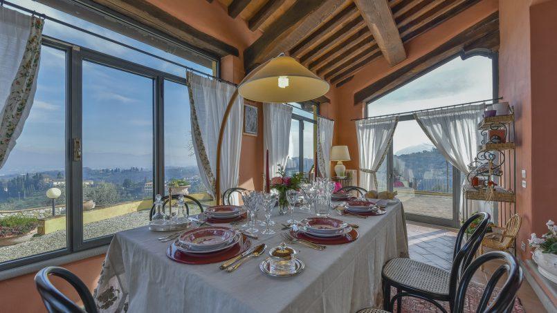 Hillside country house Villa il Roseto Tuscany Casalguidi 6