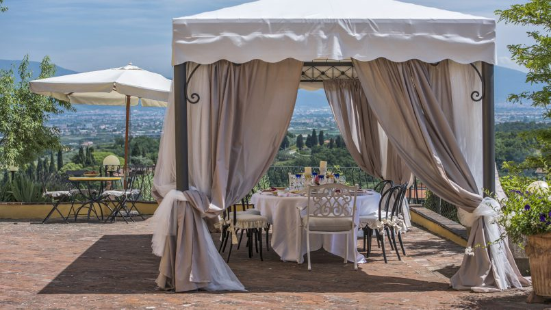 Hillside country house Villa il Roseto Tuscany Casalguidi 62