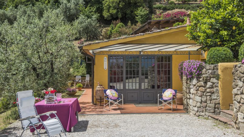 Hillside country house Villa il Roseto Tuscany Casalguidi 69