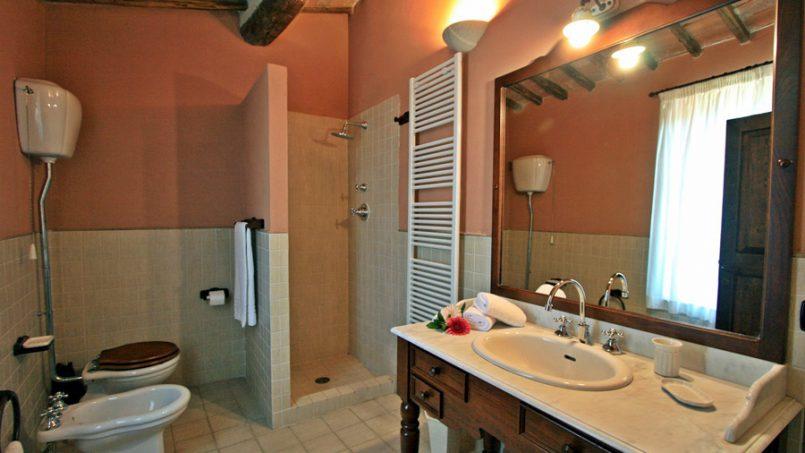 Stone farmhouse Villa Montebello Tuscany Montalcinello 107