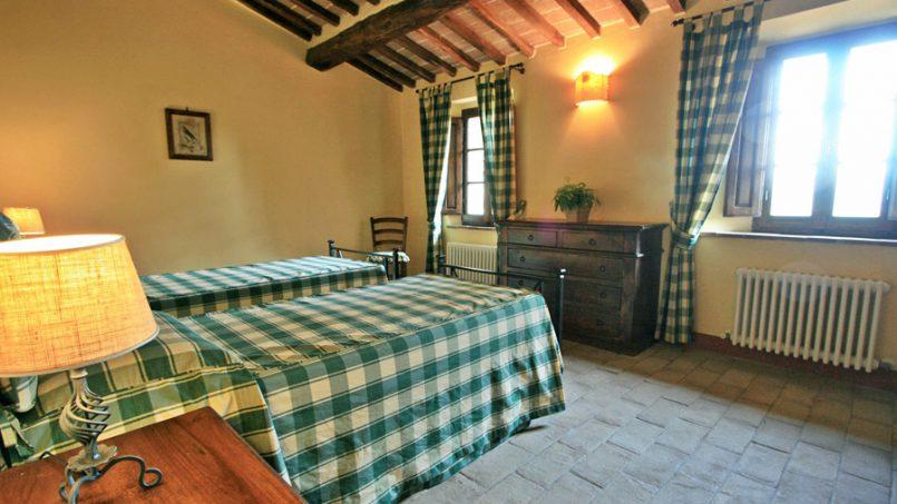 Stone farmhouse Villa Montebello Tuscany Montalcinello 108