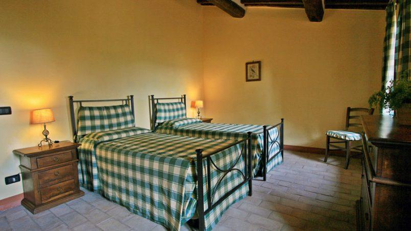 Stone farmhouse Villa Montebello Tuscany Montalcinello 109