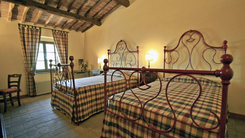 Stone farmhouse Villa Montebello Tuscany Montalcinello 111