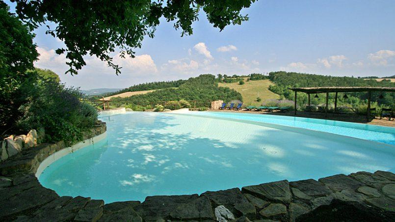 Stone farmhouse Villa Montebello Tuscany Montalcinello 35