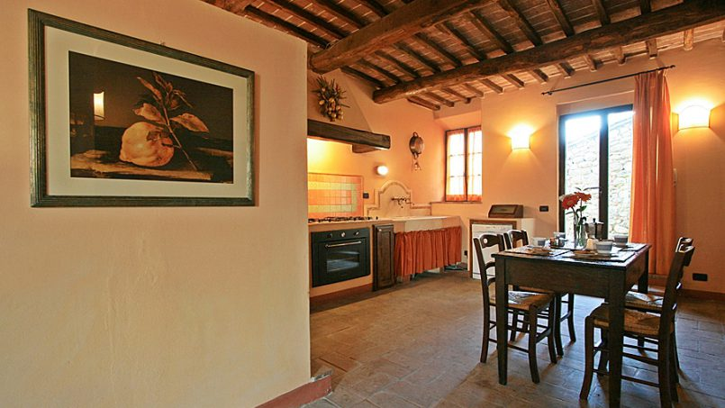 Stone farmhouse Villa Montebello Tuscany Montalcinello 74