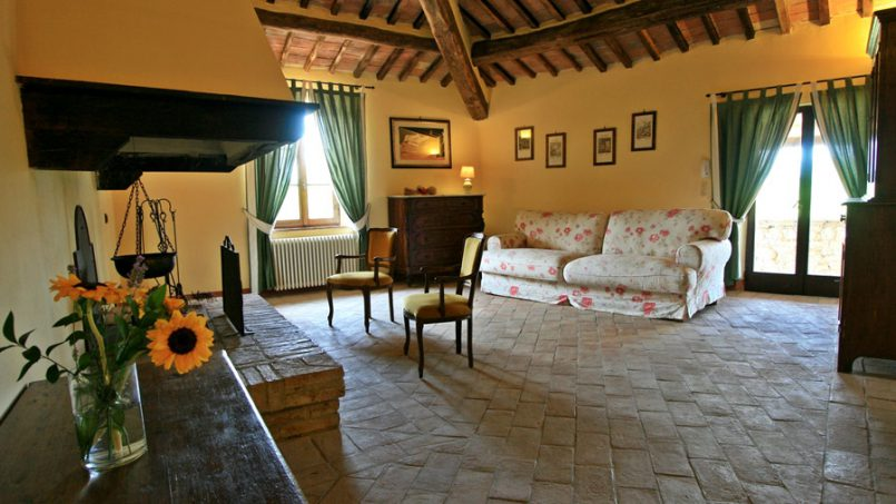 Stone farmhouse Villa Montebello Tuscany Montalcinello 88