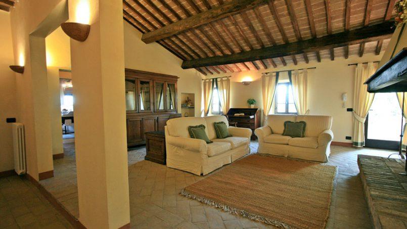Stone farmhouse Villa Montebello Tuscany Montalcinello 90
